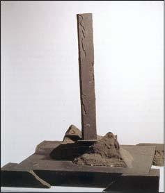 Marc Feulien, Nature morte, s.d. Terre cuite, petit granit et plomb, 80 x 69 x 69 cm mba. 463 Photo : Ludion-Hugo Maertens